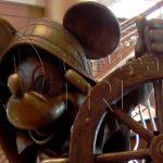 mickey-stature-lobby