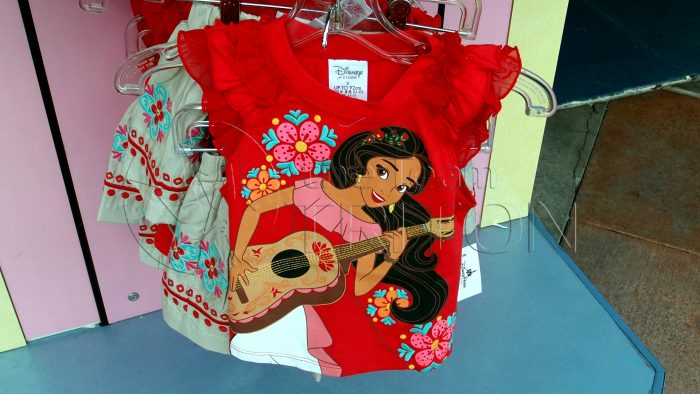 Elena-of-Avalor-merchandise-t-shirt-001