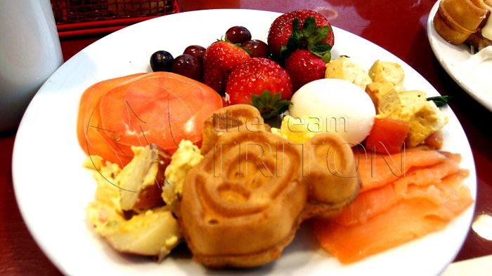 chef-mickeys-meal-waffle