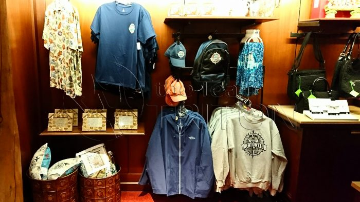 souvenir-clothes-DVC-logo-shirts-001