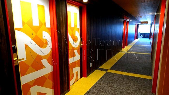 LaGent-hallway-doors-001