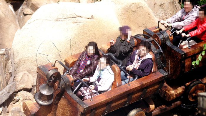 MK-seven-dwarfs-mine-train-ride-shot-001