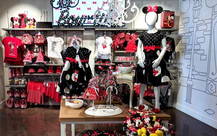 DS-The-Disney-Corner-2nd-floor-Minnie-001