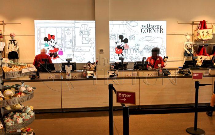 DS-The-Disney-Corner-Cashier-001