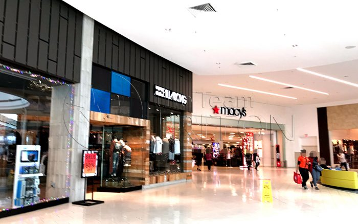 Florida-Mall-macys-entrance-001