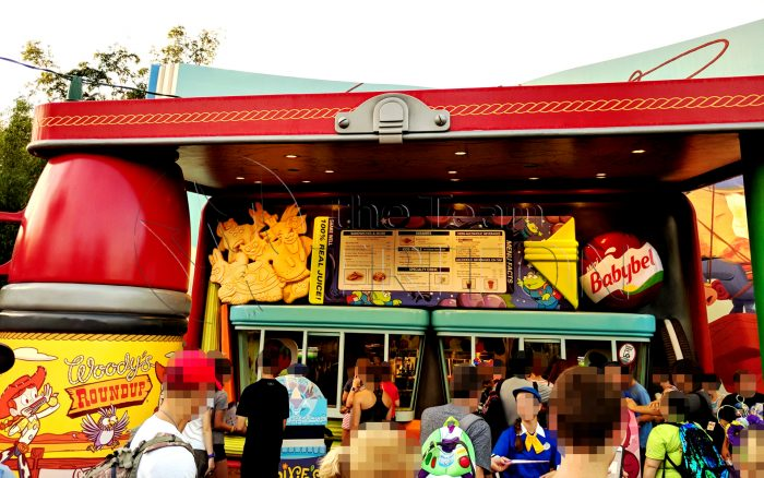 Toy-Story-Land-Woodys-Lunch-Box-exterior-001