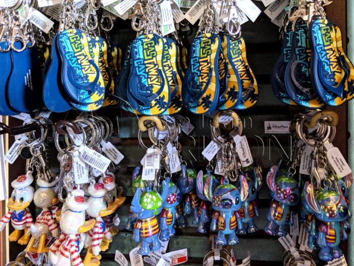 Castaway-Cay-Merchandise-Keychains-Donald-Stich-001