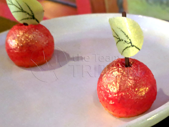 Storybook-Dining-at-Artist-Point-Poison-Apple-001