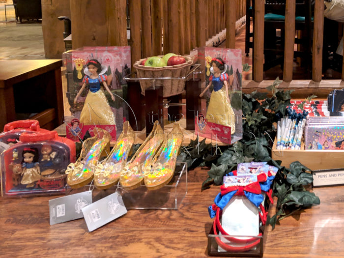 Wilderness-Lodge-Snow-White-Merchandise-001