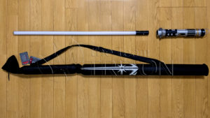 SWGE-Savis-Workshop-Lightsaber-and-Carrying-Case-001