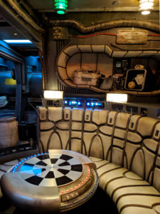 SWGE-Millennium-Falcon-Smugglers-Run-Queue-Interior-Waiting-Area-001