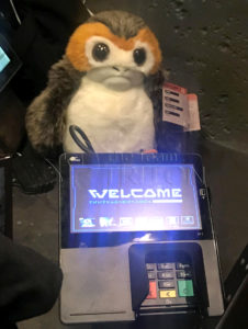 SWGE-Creature-Stall-Porg-Puppet