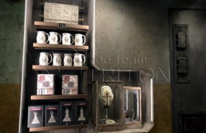 SWGE-Dok-Ondars-Den-of-Antiquities-Mug-Mask-Notebook
