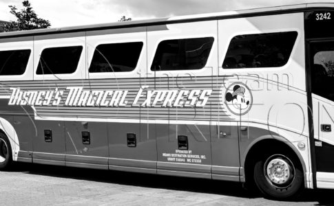 Disneys Magical Express DME bus eyecatch mono