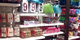 TAG-souvenir-shelf-001-eye-catch